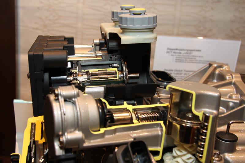 電動油圧クラッチアクチュエーター