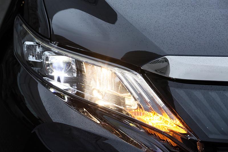 ヘッドライトの発光パターン