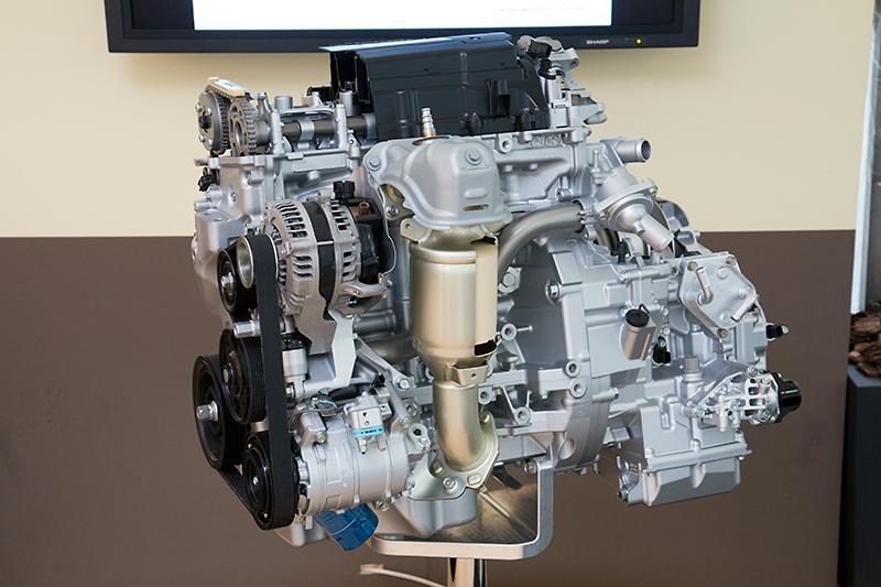 エンジン単体のカットモデル