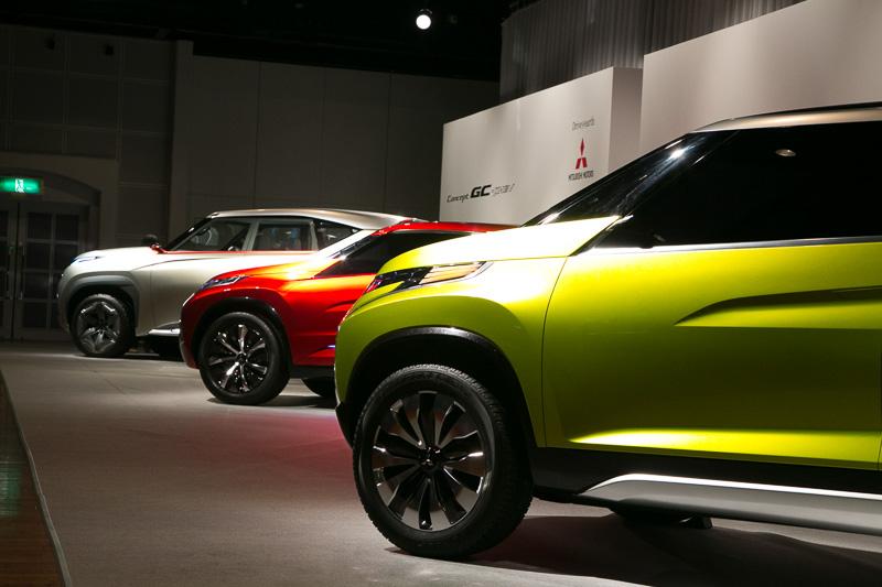 「三菱自動車の強みであるSUVの魅力を最大限に表現できる」という3台のコンセプトカーが出展車両の目玉。歴代パジェロで培ってきたSUVとしての機能性と安心感を表現する手法を、次世代SUVにふさわしいよう洗練させてフロントマスクに投入している