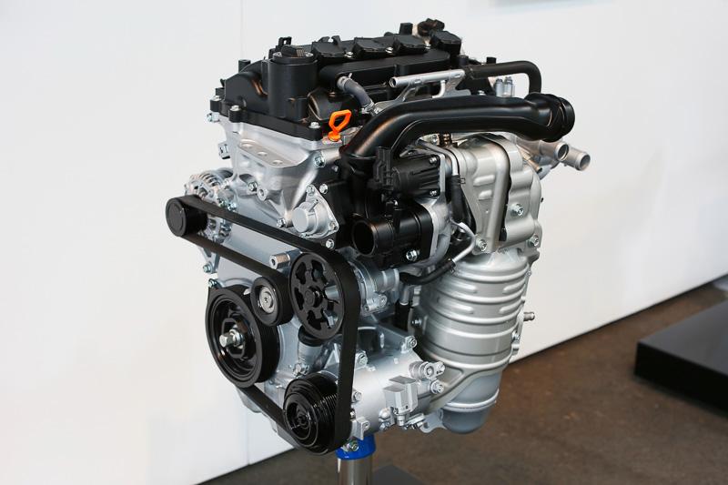 直列4気筒 1.5リッター直噴ガソリンターボエンジン