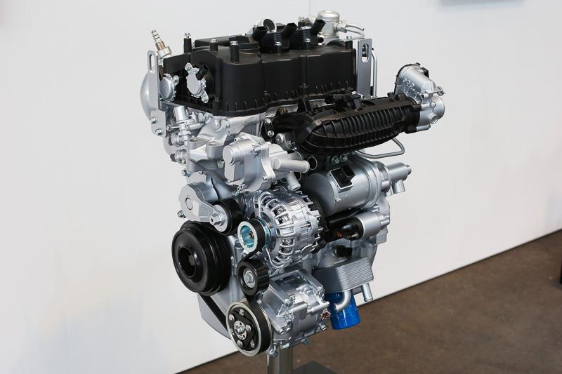 直列3気筒 1.0リッター直噴ガソリンターボエンジン