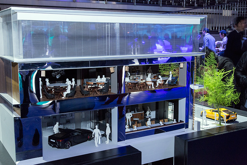 東京・青山にあるINTERSECT BY LEXUSの模型も展示された