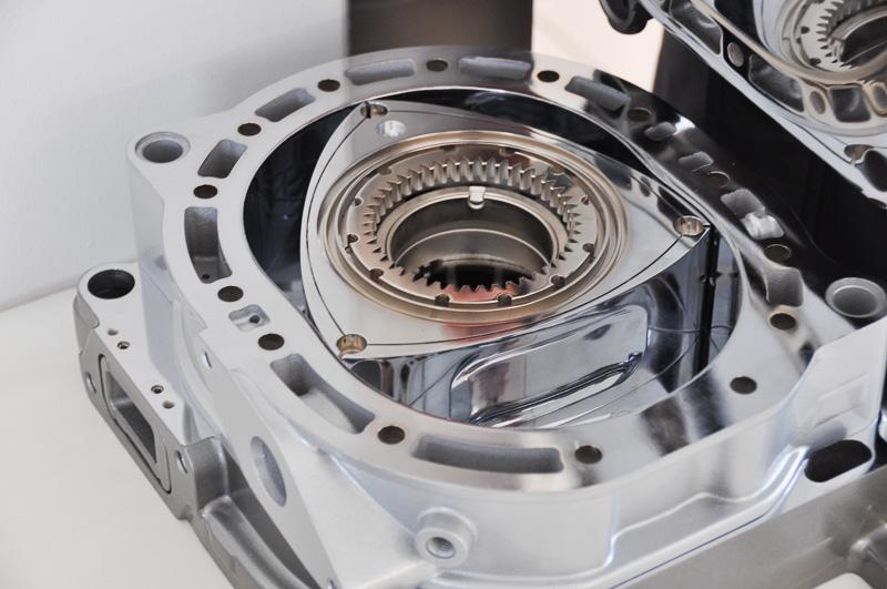 レンジエクステンダー用の発電動力である新型ロータリーエンジン