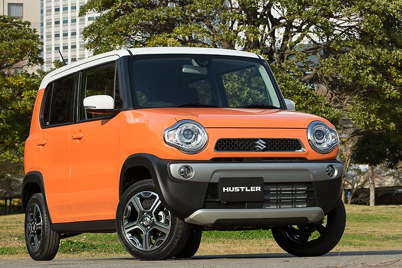 撮影車両はX 2WD CVT。ボディーカラーはパッションオレンジ ホワイト2トーンルーフ