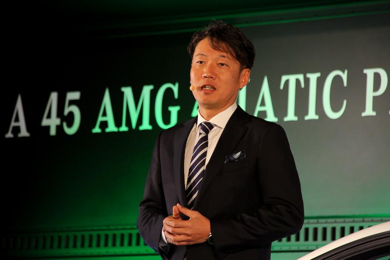 オートサロンに初出展したメルセデス・ベンツ日本。昨年の東京モーターショーでワールドプレミアされた「SLS AMG」の最終モデル「SLS AMG GT FINAL EDITION」などのほか、30台の限定車「A 45 AMG 4MATIC PETRONAS Green Edition」を公開。メルセデス・ベンツ日本の上野金太郎社長兼最高執行経営役員(CEO)が登壇したほか、メルセデスAMG AMGパフォーマンススタジオ&ダイレクトセールス統括のオリバー・クルツ氏がA 45 AMGの限定車についてプレゼンテーションを実施