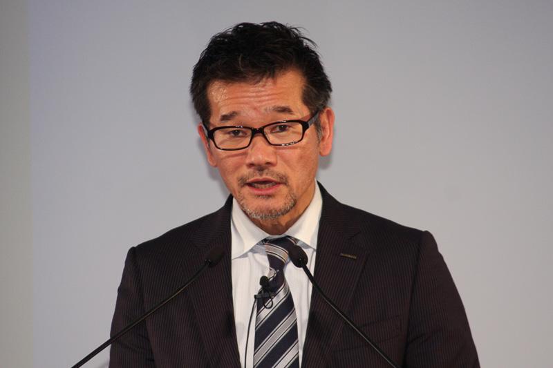 2013年度第3四半期の決算報告を行う日産自動車 執行役員の田川丈二氏