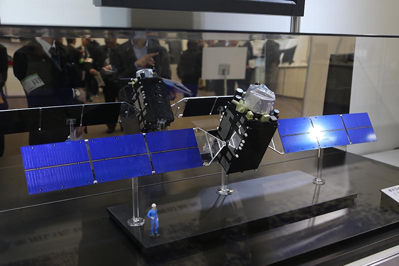 準天頂衛星「みちびき」の模型