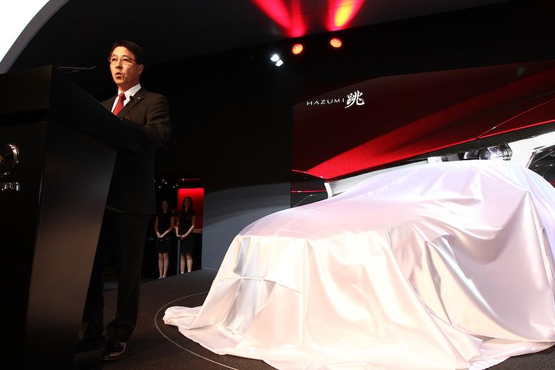 プレスカンファレンスでは小飼雅道代表取締役社長兼CEOがHAZUMIの解説を行った