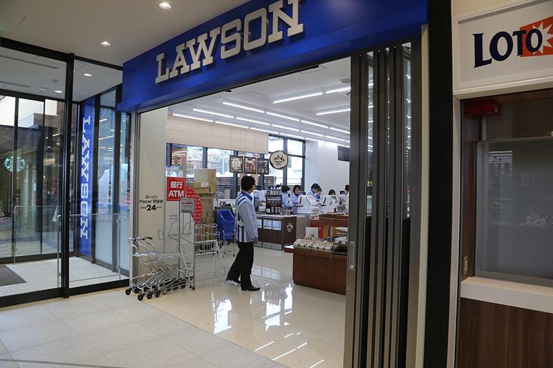 NEXCO東日本管轄高速道路で初店舗となる「ローソンPasar守谷店」