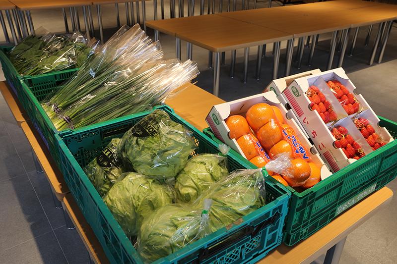 地元の生鮮野菜を中心とした直売所「守谷SAやさい村」
