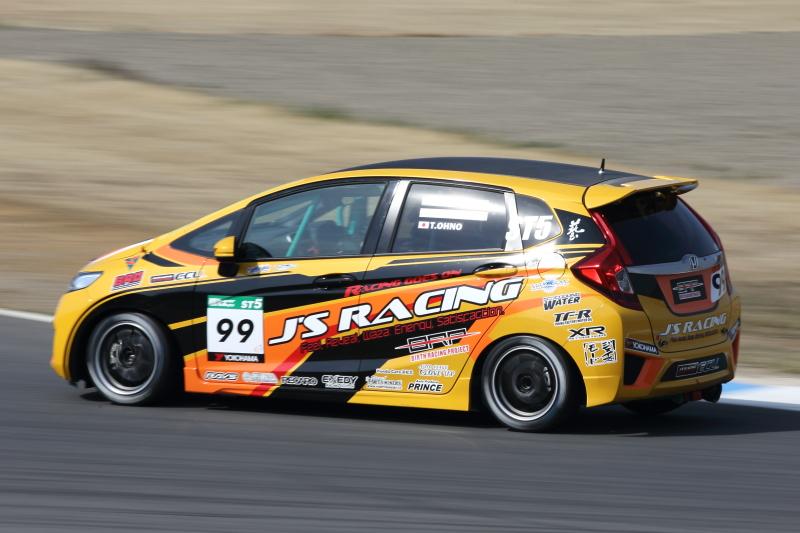 2位のBRP★J'S RACING フィット3