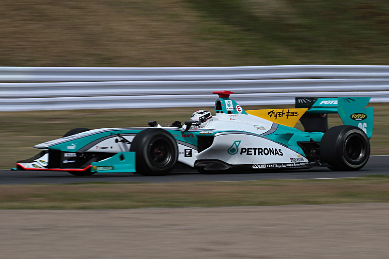 Q2で最速のコースレコードを記録したアンドレ・ロッテラー選手。Q3のタイムはQ2に及ばなかったもののポールポジションを獲得した