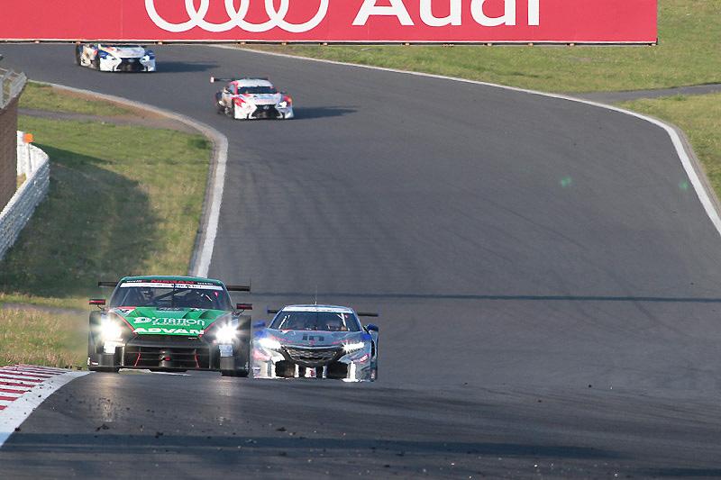 24号車は4位。トップ3を独占したブリヂストンタイヤの次はヨコハマタイヤとなった