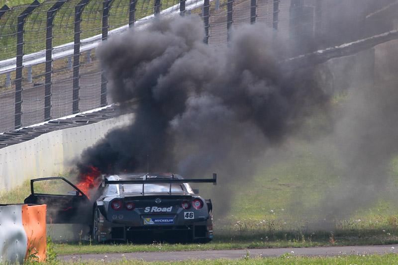 46号車が炎上して2回目のセーフティーカーが導入された