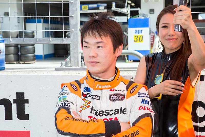 同じく31号車 OGT Panasonic PRIUSのドライバーである嵯峨宏紀選手