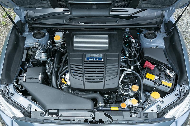 1.6リッターDITのFB16エンジン。レギュラー仕様でボアストロークは78.8×82.0mmのロングストロークタイプ。圧縮比は11.0