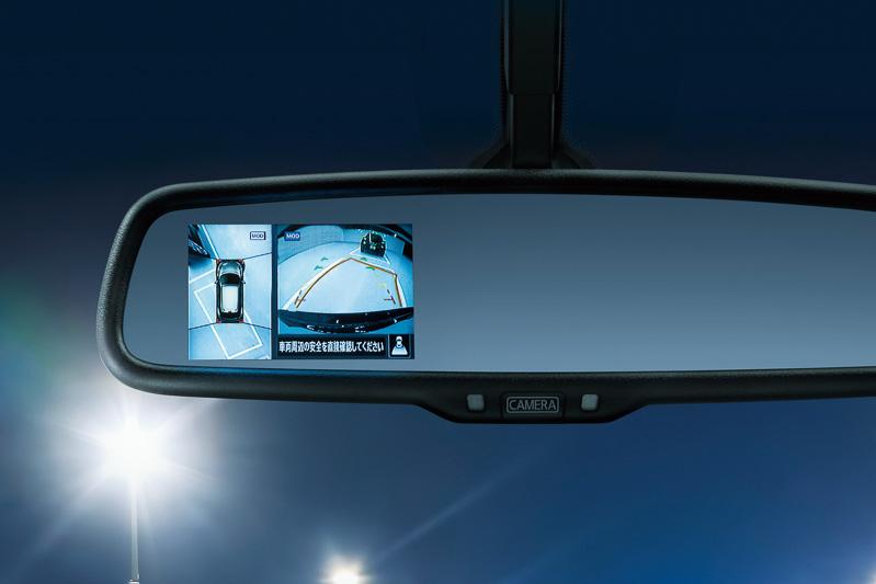 ルームミラーの右側に「MOD(移動物検知)付きのアラウンドビューモニター」を組み込むメーカーオプションが新設定された