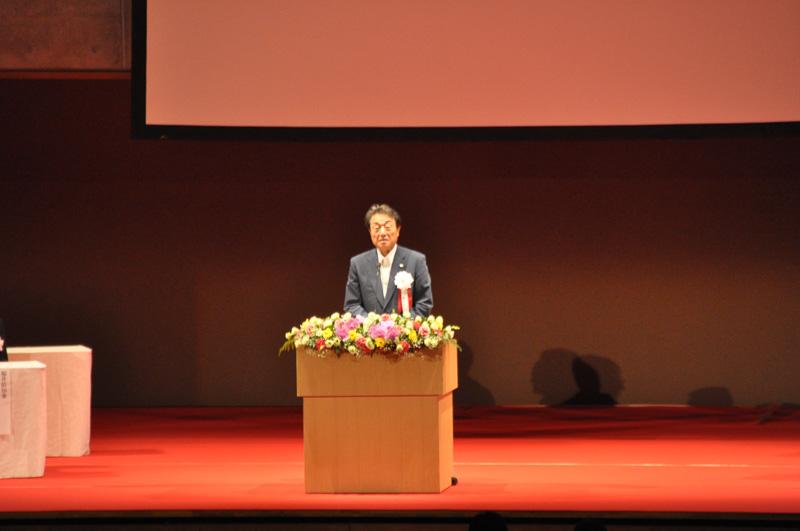 開通式最後の挨拶を行ったNEXCO中日本 代表取締役社長CEOの宮池克人氏