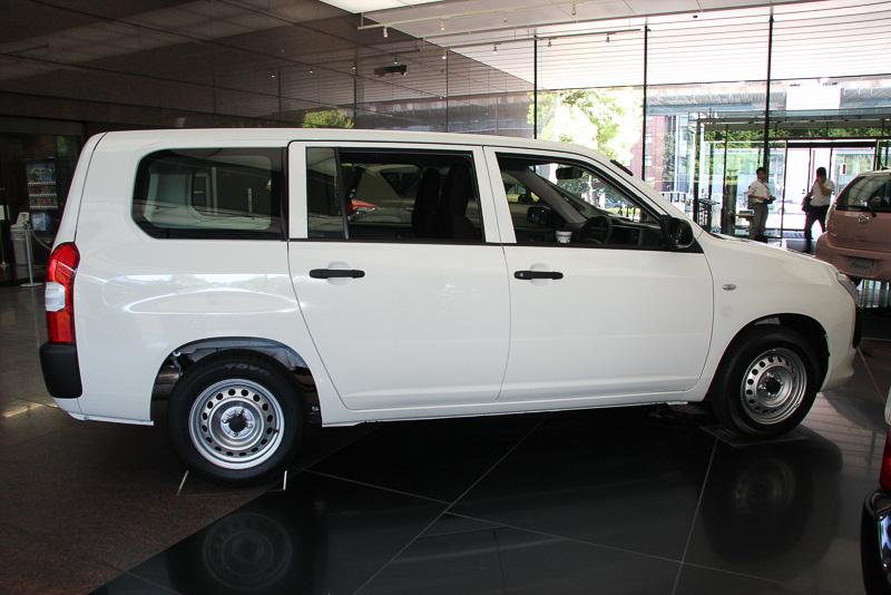 サクシード U(2WD)