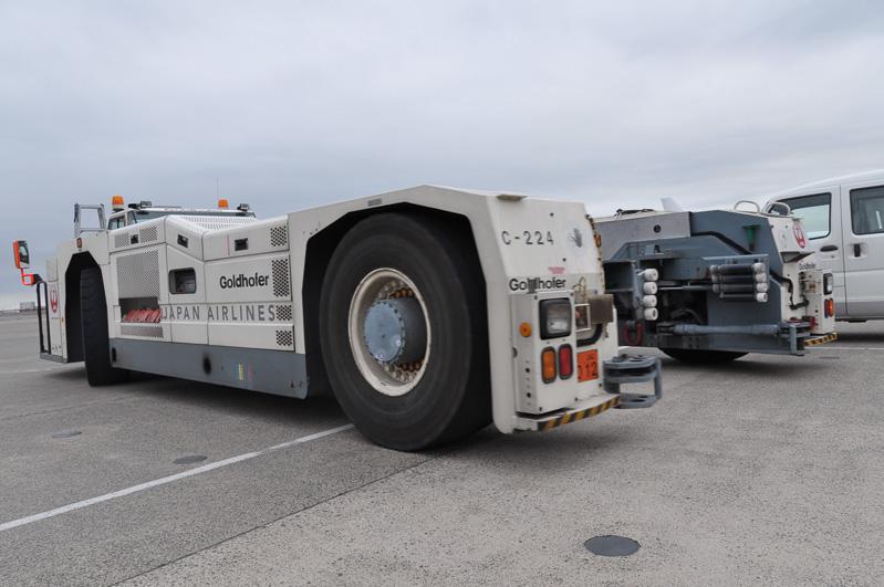 トーバーレストーイングカーの後面。前輪を抱え込みやすい形状になっている