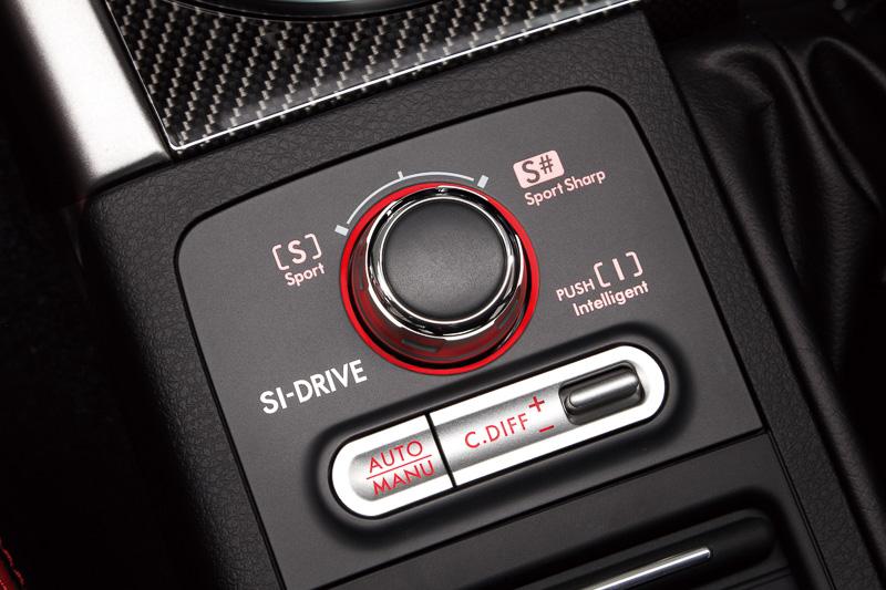 SI-DRIVEによってエンジン特性を変更可能