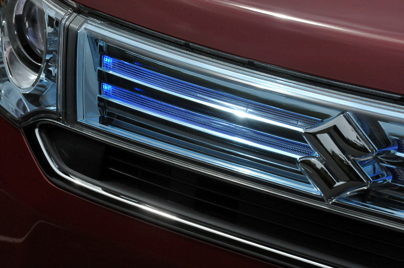 フロントまわりの意匠はワゴンRと異なり、よりシャープで力強さを感じるデザイン