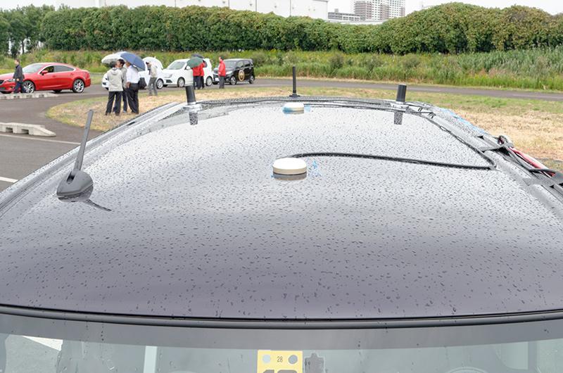 試験車両に取り付けられたGPS装置