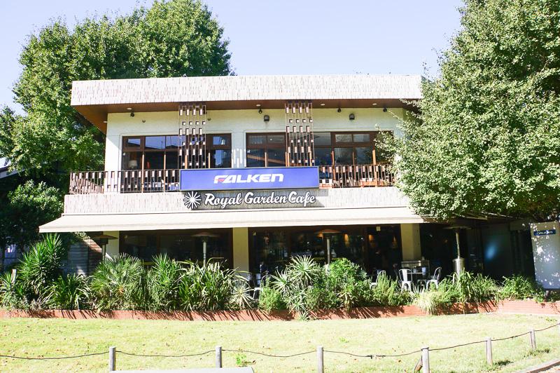東京都港区青山のRoyal Garden Cafe 青山が、期間限定でFALKEN Cafe Aoyamaになった