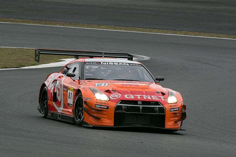 2014年スーパー耐久シリーズST-Xクラスに参戦、シリーズチャンピオンを獲得したGTNET ADVAN NISSAN GT-R
