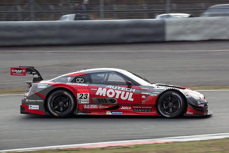 23号車MOTUL AUTECH GT-R