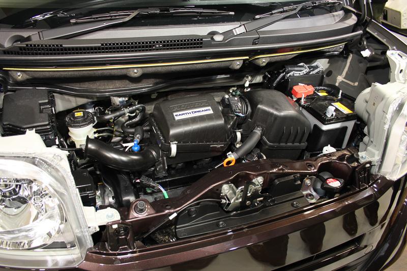 自然吸気仕様のS07A型エンジンは43kW(58PS)/7300rpm、最大トルク65Nm(6.6kgm)/4700rpmを発生