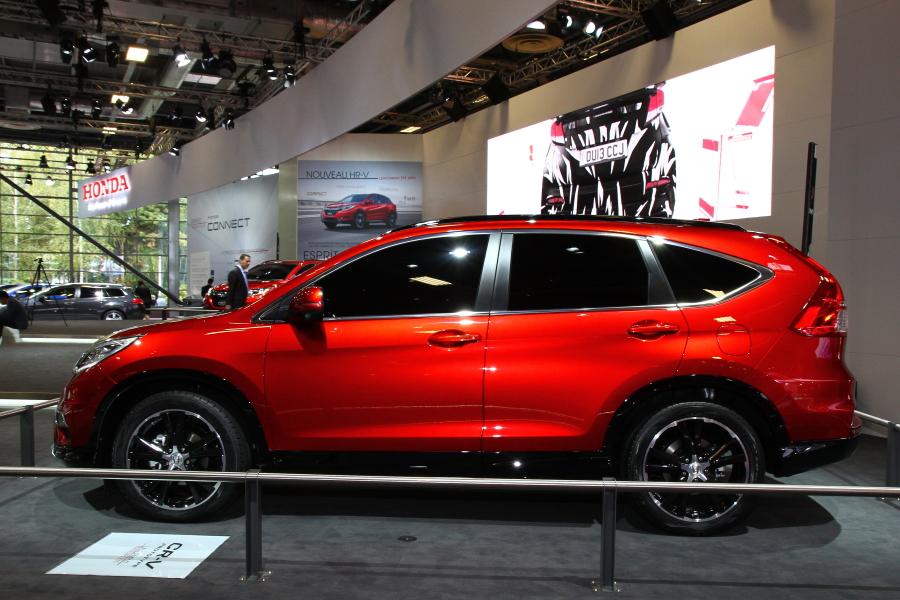 CR-Vもホンダコネクトが採用される車種になる。まずは、シビックとシビック ツアラーを合わせた3モデルから搭載される