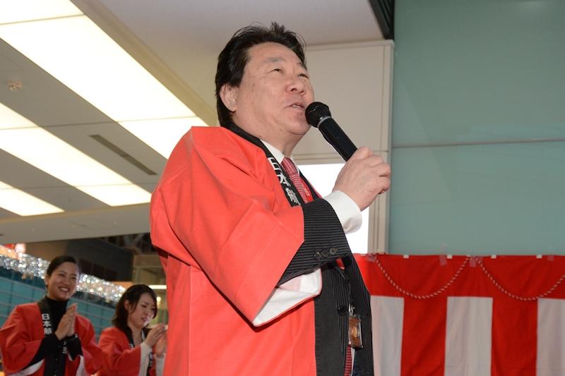 挨拶するJAL代表取締役社長の植木義晴氏