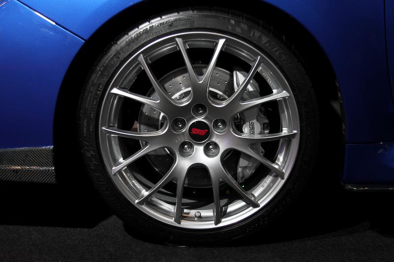 スバルブースに展示される、STIコンプリートカーの最高峰モデル「S」シリーズのコンセプトをレヴォーグで実現した「レヴォーグ S CONCEPT(参考出品車)」