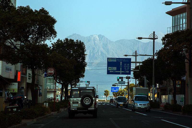 この先で突き当たって、鹿児島市内はおしまい。種子島、奄美大島経由で沖縄本島に続く