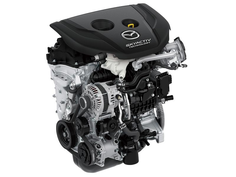「S5-DPTS(i-ELOOP装着車はS5-DPTR)」型の直列4気筒1.5リッター直噴ターボディーゼルエンジンは、最高出力77kW(105PS)/4000rpm、最大トルク270Nm(27.5kgm)/1600-2500rpmを発生。車格アップに合わせて最大トルクをデミオ比で20Nm高めた