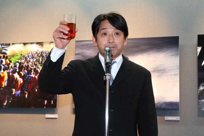 乾杯の発声は元F1パイロット片山右京氏
