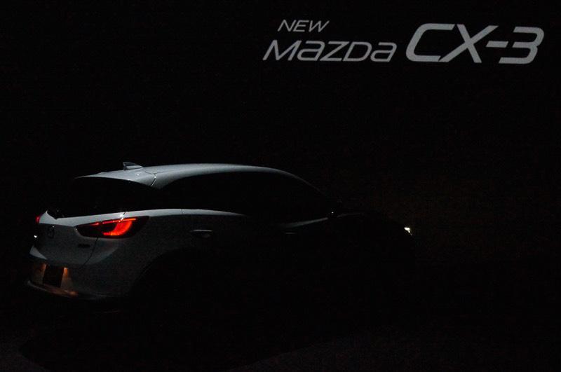 CX-3 発表会場