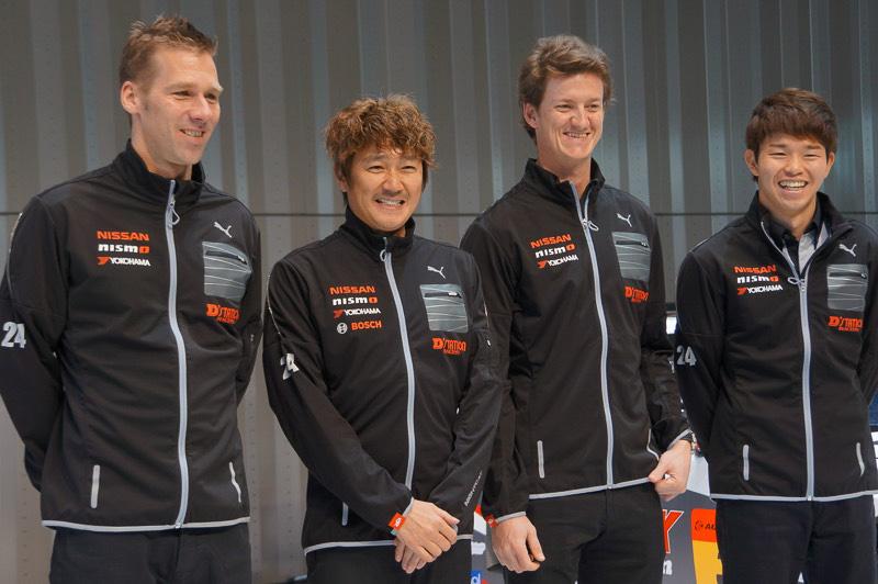 KONDO RACING、左からミハエル・クルム選手、近藤真彦監督、ルーカス・オルドネス選手、佐々木大樹選手