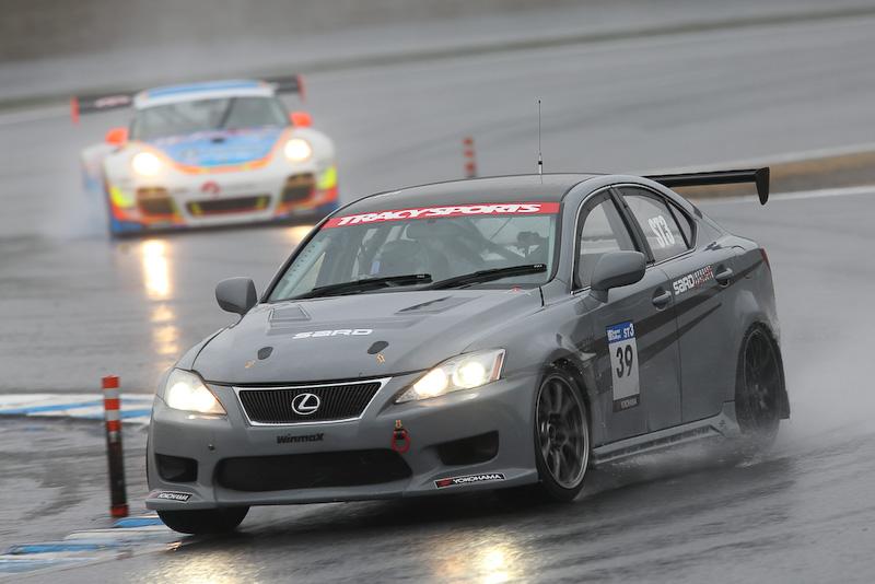 レクサスIS350で初のシリーズ参戦を果たした全日本ジムカーナチャンピオン・柴田優作選手のライバルは、同門の最新マシンレクサスRC350やフェアレディZだ