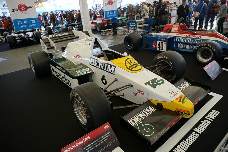 ウィリアムズ・ホンダ FW09。1984年のダラスでのアメリカGPで復帰後初優勝。ドライバーはケケ・ロズベルグ(1982年のチャンピオン、ニコ・ロズベルグの父親)とジャック・ラフィー