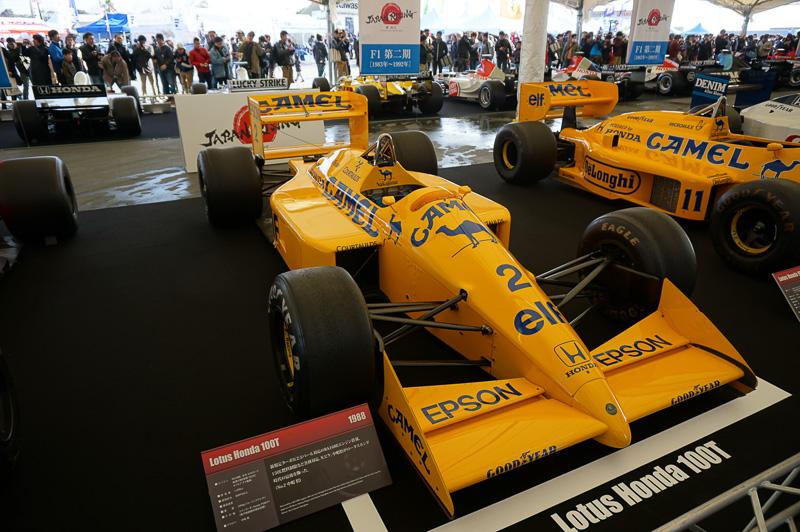 ロータス・ホンダ 100T、1988年の車両でドライバーはネルソン・ピケと中嶋悟