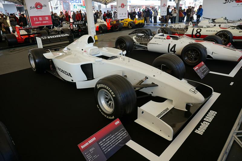 ホンダ RA99、テスト用の車両で1999年にテスト走行に利用された。ドライバーはヨス・フェルスタッペン(今年トロロッソからデビューするマックス・フェルスタッペンの父親)