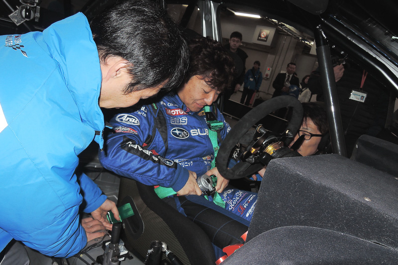 佐々木選手が2015年モデルに乗るのはこの日が初めて