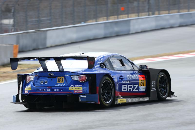 STIがコースを占有している時間帯にはBRZ GT300もテストを行っていた