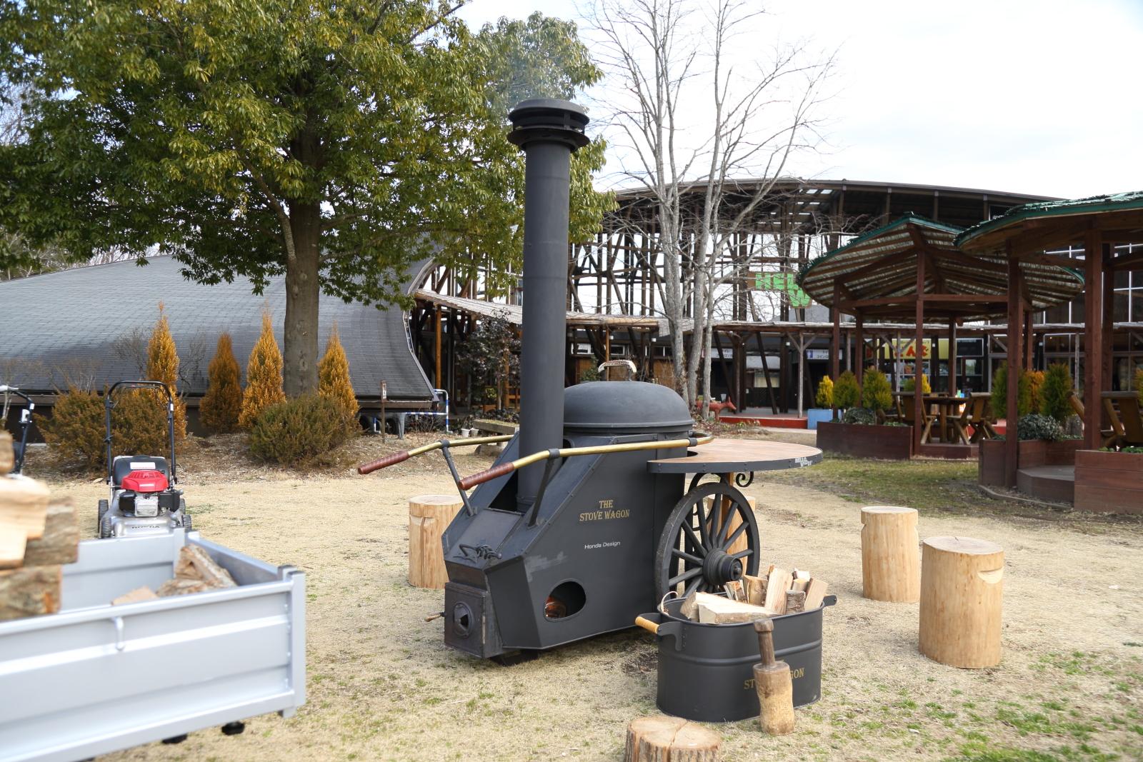 ちなみに「ハローウッズ」内にあるロケットストーブや巣箱も、普段さまざまなホンダ製品のデザインに携わっている社員の作品だ