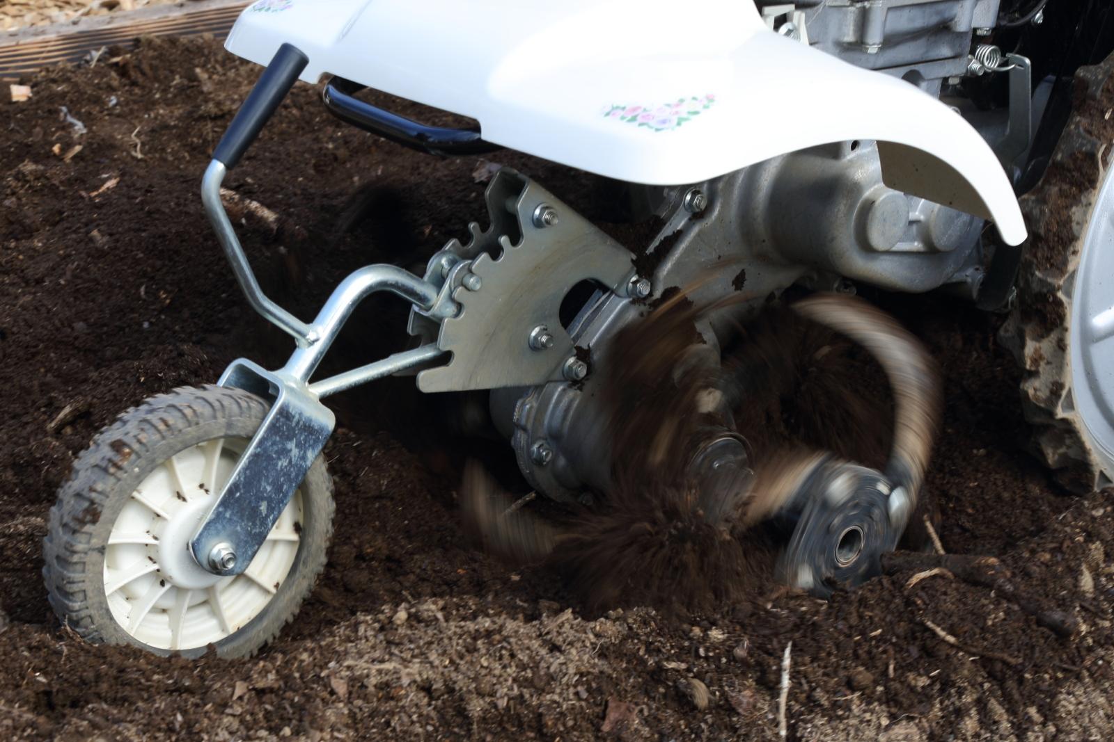 カセットガスで使用できる耕うん機や発電機も登場し、さらに広がりを見せるホンダの汎用製品