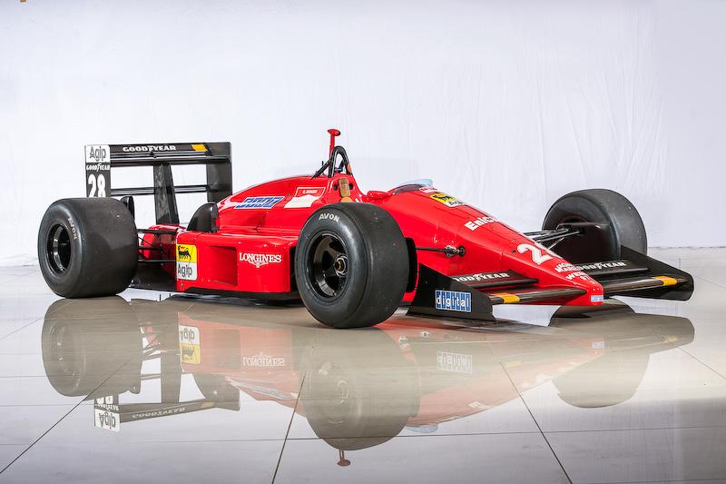 「SUZUKA Sound of ENGINE 2015」では、毎年2輪・4輪のマシンを1台ずつ選出し、さまざまな角度からマシンをフィーチャーする企画「FEATURING MACHINE」を実施。今年は1987年のF1日本グランプリで優勝したゲルハルト・ベルガー選手が操った「フェラーリ・F187」の解体&整備展示が行われる
