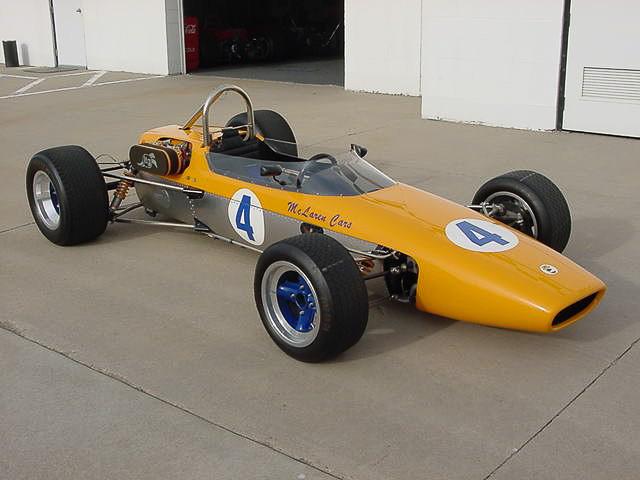 「鈴鹿アタックラップ&ハイスピード」の主なエントリー申し込み車両。左から「McLaren M4A」「Cooper Maserati」「Lotus 23B」